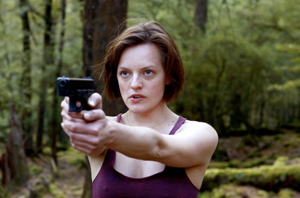 Elisabeth-Moss-top-of-the-lake-gun