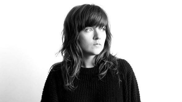 Courtney-Barnett-Finally-Releasing-Debut-Album-FDRMX